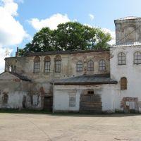 Заброшенная церковь, Валдай