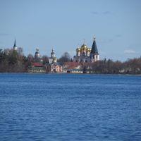 Вид на Иверский монастырь/ Valday. Russia. View to Iversky monastery, Валдай