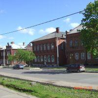Центральная улица, Кресцы