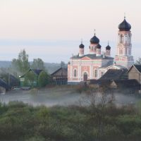 Церковь Святой Троицы http://www.novgorod.net/~lukar/index.htm, Кресцы