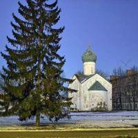 церковь 12 апостолов на Пропастях, Новгород