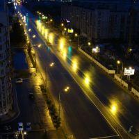 Ул. Масленникова во время дождя ночью, вид с крыши, Любинский