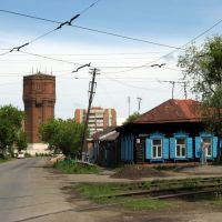 Жизнь большого города вокруг старой башни, Омск