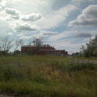 здание из красного кирпича, Тюкалинск