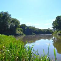 Летом на реке, Октябрьское