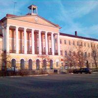 Здание на заводской площади, Никольск