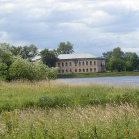 бывшая школа, Усолье
