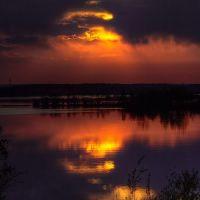 Закат у Камского моста, Усолье