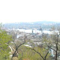 Vista del puerto de Vladivostok desde el funicular, Владивосток