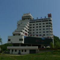 Гостиница Юань-Дун, Находка