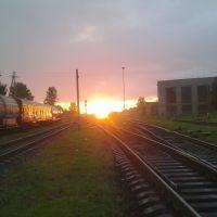 Восход над Бологовским парком (31 августа 2011 года)., Дно