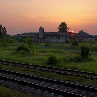 Строение около станции Локня., Локня