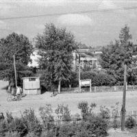 Порхов. Перекресток с ларьком. 07/1956г., Порхов