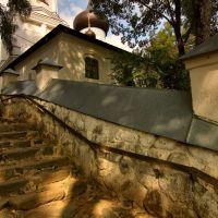 Лестница в монастыре. Сентябрь 2013, Пушкинские Горы