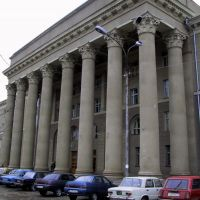 "Фасад корпуса ""Г"" Таганрогского Радиотехнического Университета (ТРТУ), ныне ЮФУ, Таганрог"