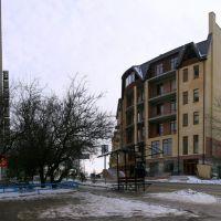 Новый дом в начале улицы Греческой., Таганрог