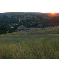 Закат в степи. Вид на хутор с холма, Усть-Донецкий