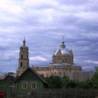 Троицкий собор в Гусю-Железном (вид от автостанции), Гусь Железный