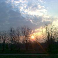 Пасхальное утро возле Милославской школы, Милославское