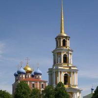 Успенский собор с колокольней / The Assumption cathedral with a belfry (19/05/2007), Рязань