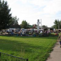 Воскресный рынок, лето 2006, Сараи