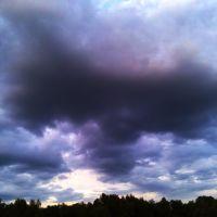 """Небо  """"ядерный взрыв"""", Челно-Вершины"""