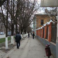 Новочеркасск. Старые здания на Московской, Александровская