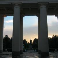 Колоннада, Бокситогорск