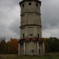 Old tower in Priory Park, Гатчина