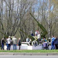 Рубеж обороны Ораниенбаумского плацдарма 9 мая 2012 года, Петродворец