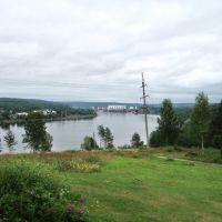 Вид на верхнесвирскую ГЭС со стороны Подпорожья, Подпорожье