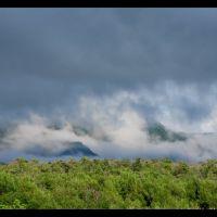 Зареченские сопки в облаках, Анбэцу
