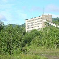 фабрика, Вахрушев