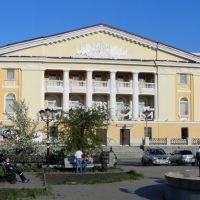 Театр оперетты Урала, Новоуральск, май 2011г., Новоуральск