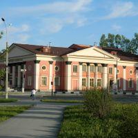 Центральная городская библиотека для детей, май 2011г., Новоуральск