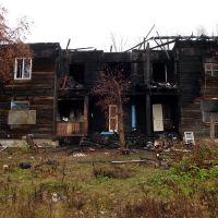 Алапаевск. 2013 г. Общежитие станкозавода после пожара, Алапаевск