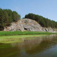 река Нейва, безымянные скалы, Зыряновский