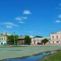 Камышлов. Старые дома у площади., Камышлов
