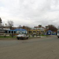 На привокзальной площади (ул. Станционная), Красноуфимск