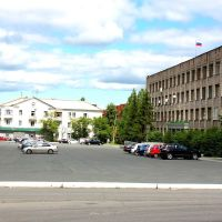 Площадь перед зданием Администрации, Нижняя Тура