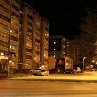 Девятиэтажки на перекрёстке Орджоникидзе-Коммуны, Сысерть