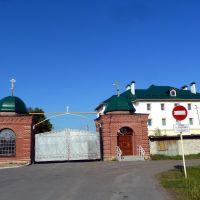 Туринск. Ворота Свято-Николаевского женского монастыря., Туринск