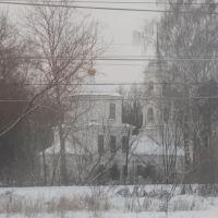 Церковь Вознесения Господня (1791). Снято в движении из вагона поезда...