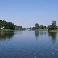 Запруженная река Десна в городе Ельня, Ельня