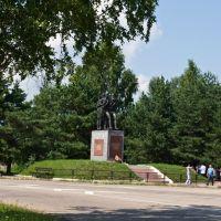 Монумент на выезде из Ельни, Ельня