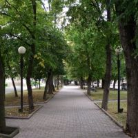 Бульвар на Октябрьской. Музшкола. Дом быта_2011, Георгиевск