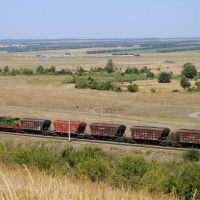 Freight train against the background of the Kuma river valley/ Поезд на фоне долины р. Кума, 31/08/2010, Карачаевск