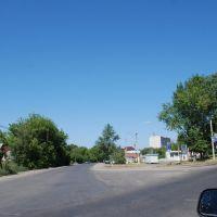 На  лево - Маршанский тракт, прямо - ул. Мира, Кирсанов