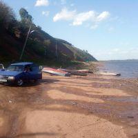 Летний пляж у рек Вятка 23.05.11г., Мамадыш