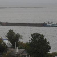 Корабль на фоне Рыбной Слободы, Рыбная Слобода